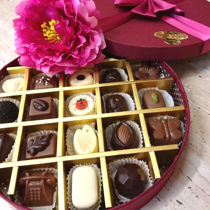 kolekce čokoládových pralinek